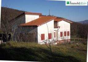Contrada Cugni snc,85058 Vietri di Potenza,Potenza,Basilicata,2 Bedrooms Bedrooms,Residenziale,Contrada Cugni,1101