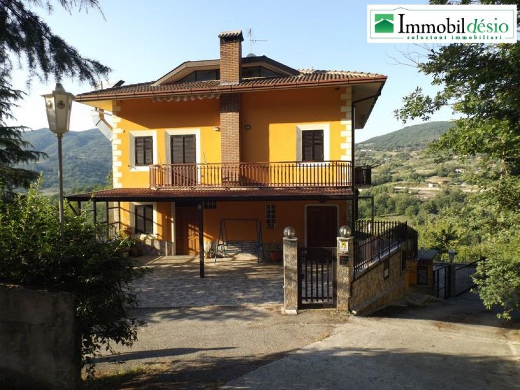 Contrada San Vito 15,85050 Sant Angelo le Fratte,Potenza,Basilicata,6 Bedrooms Bedrooms,Residenziale,Contrada San Vito,1189