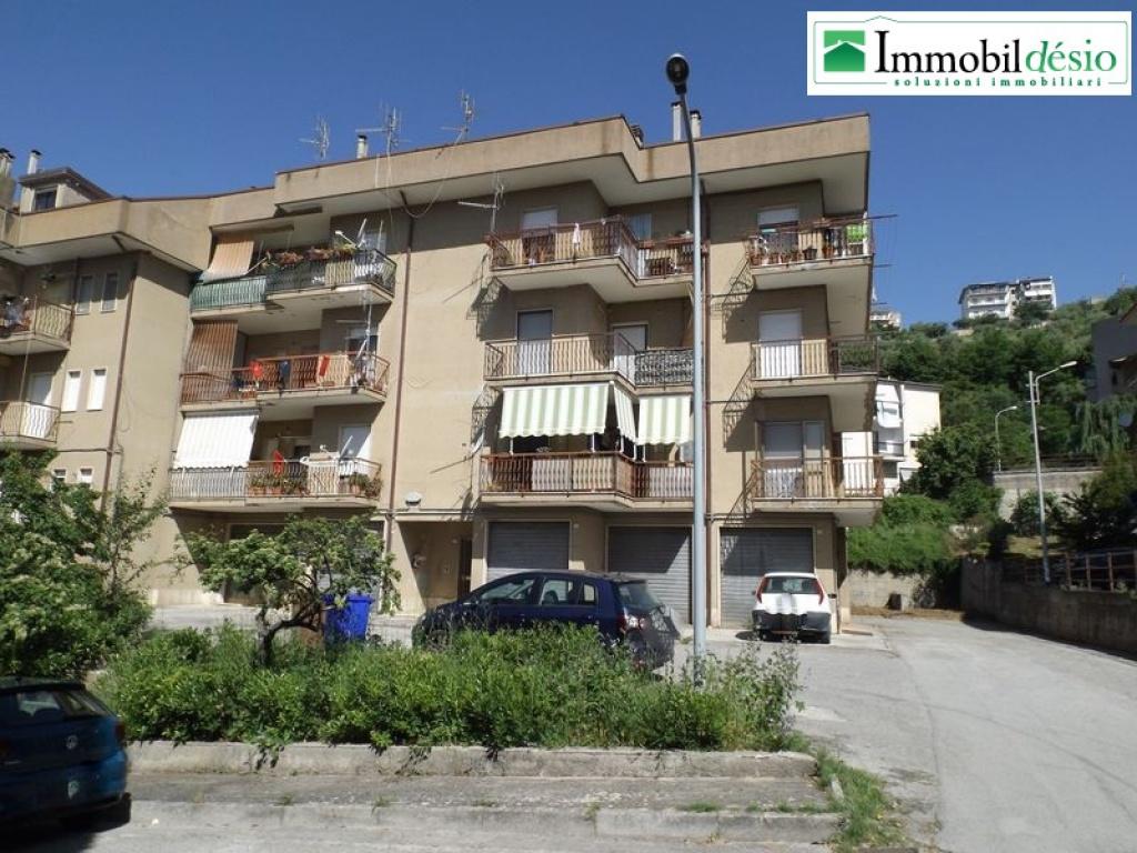 Via Piacenza 37, 85055 Picerno, Potenza, Basilicata, 3 Stanze da Letto Stanze da Letto, ,Residenziale,Vendita,Via Piacenza,1225
