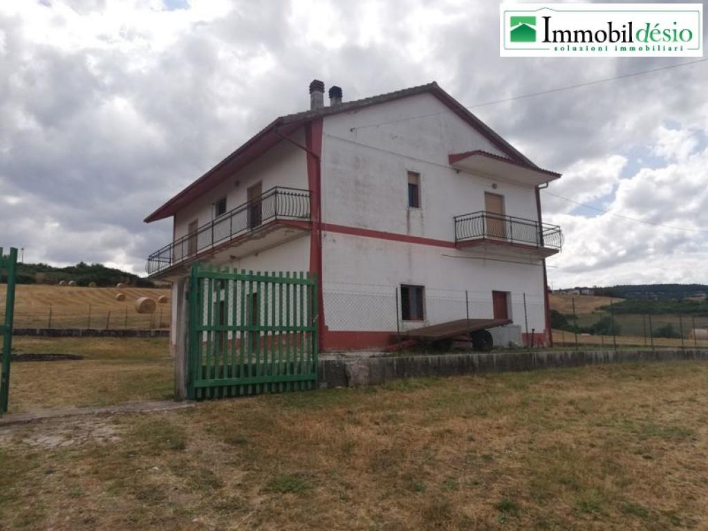 Contrada Rammotta 8, 85050 Tito, Potenza, Basilicata, 3 Stanze da Letto Stanze da Letto, ,Residenziale,Vendita,Contrada Rammotta,1230