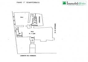 Via Caserma lucania 22, 85100 Potenza, POTENZA, BASILICATA, 3 Stanze Stanze,Commerciale,Vendita,Via Caserma lucania,1331